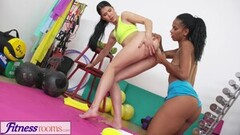 Sexy Lesbian sex for ebony babe and tight teen Thumb