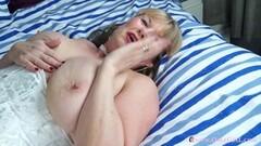 Kinky Mature Films and Pics Thumb