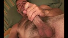2 babes lick pussies in the ladies room Thumb