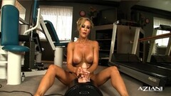 Sexy Brandi Love loves the sybian Thumb