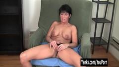 Yanks Kassandra Wild Works Her Clit Thumb